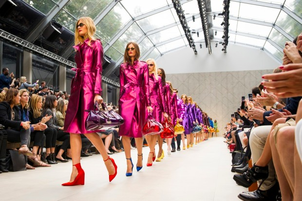burberry-prorsum-womenswear-spring_summer-2013-show-finale