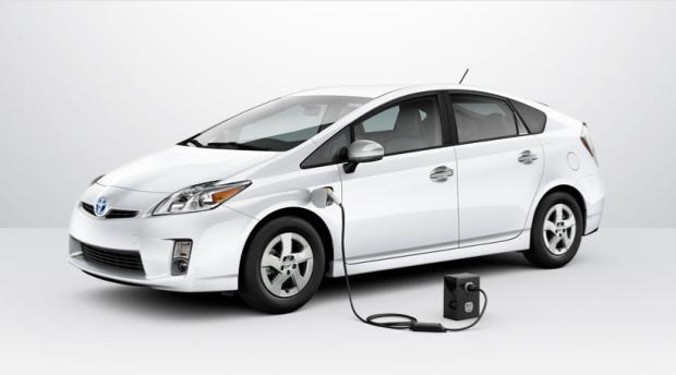 2012-toyota-prius-plug-in